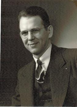 1945ErnestSmith.jpg